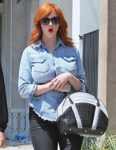christina hendricks shopping jean shirt small