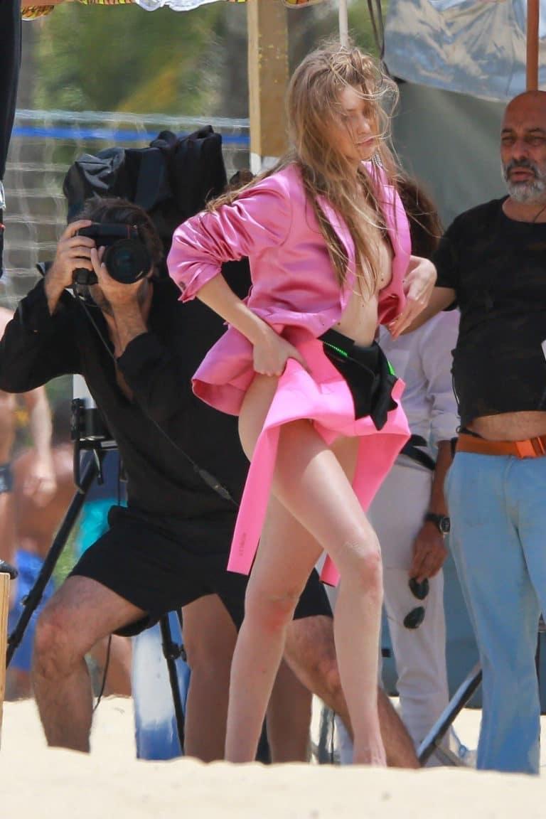 Gigi Hadid topless leak