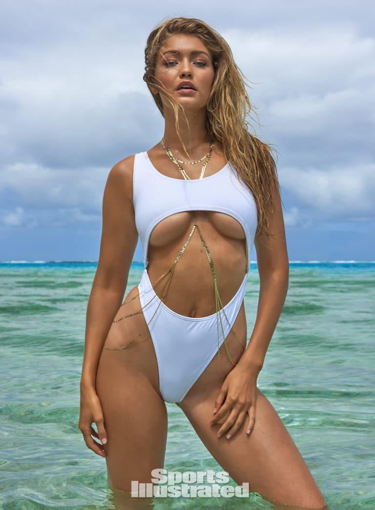 Gigi Hadid underboob expsoed