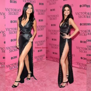 Selena's Sexy Look At The VSFS!