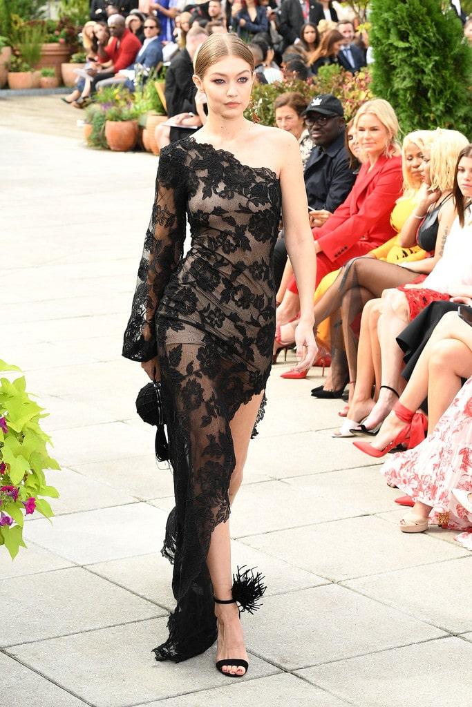 Gigi Hadid boobs on runway