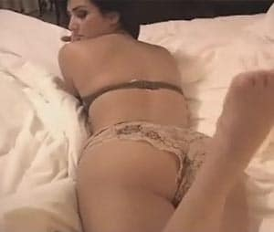 kim-kardashian-sex-tape-flash-boob-giant-woman