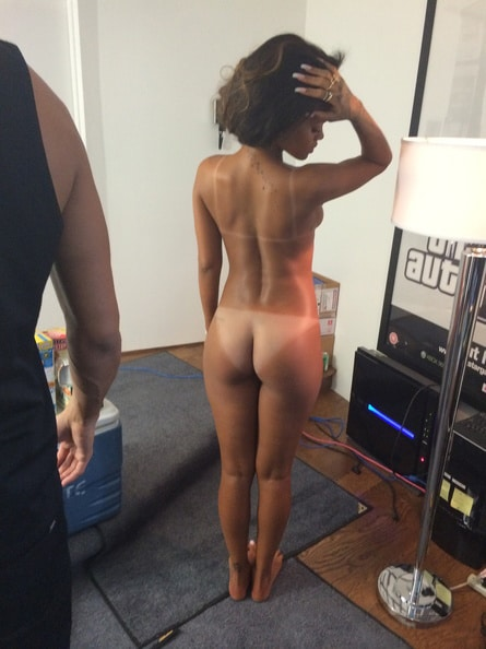 Rihanna Fully Naked Showing Ass And Tanlines
