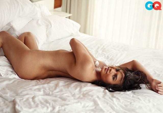 Chrissy Teigen naked GQ pics (2)