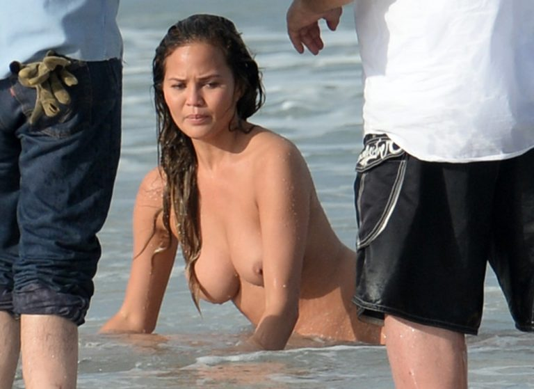 Chrissy Teigen nude on the beach (7)