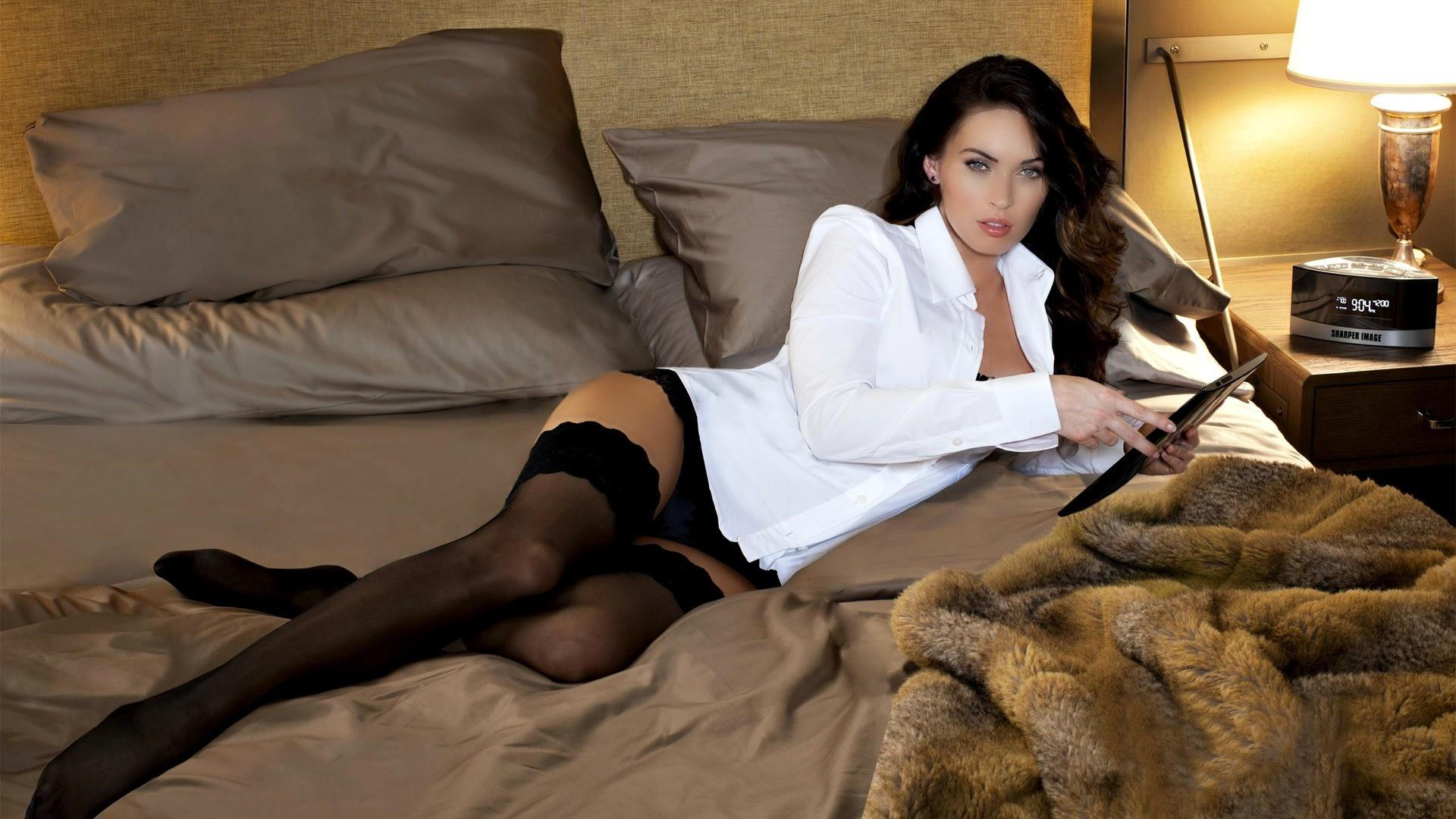 Megan Fox Hottest Pics (21)