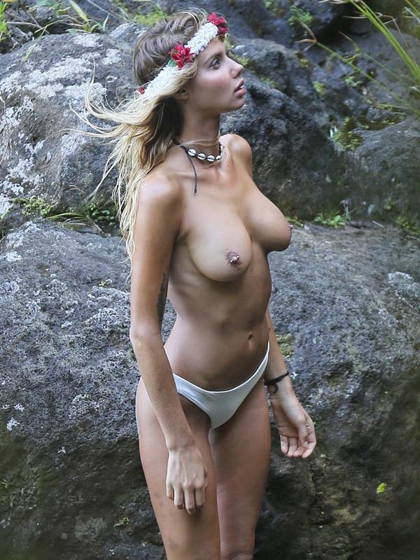 ero-incredible-topless-video-sex-xxx