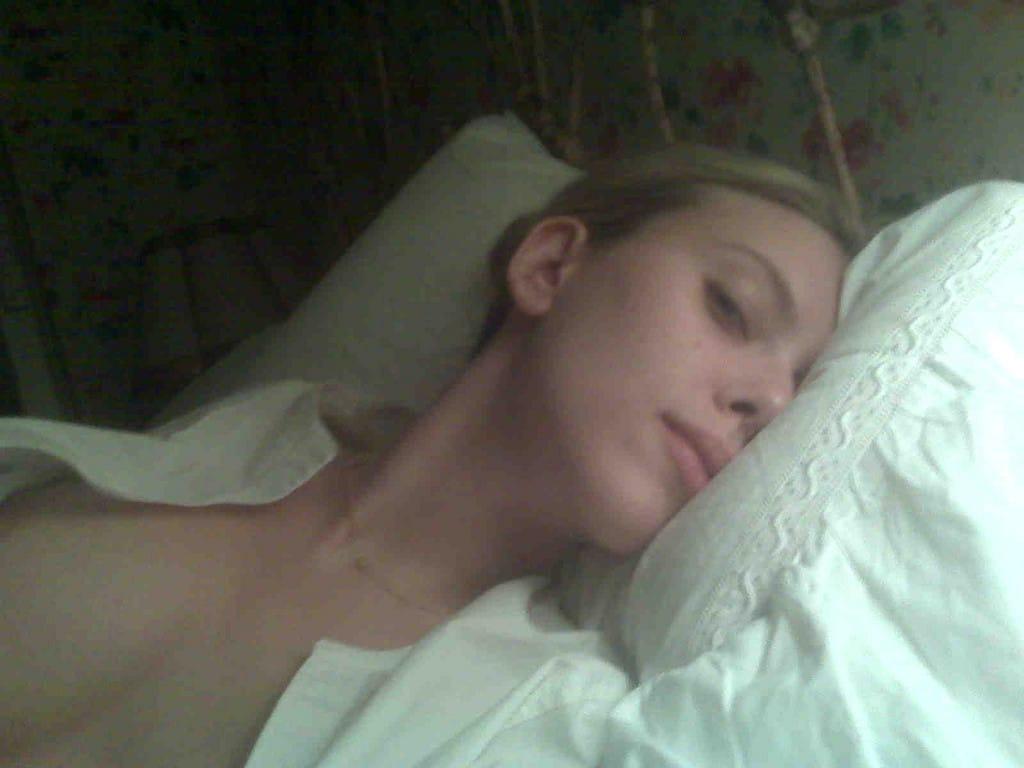 Scarlett Johansson Leaked Naked Pics