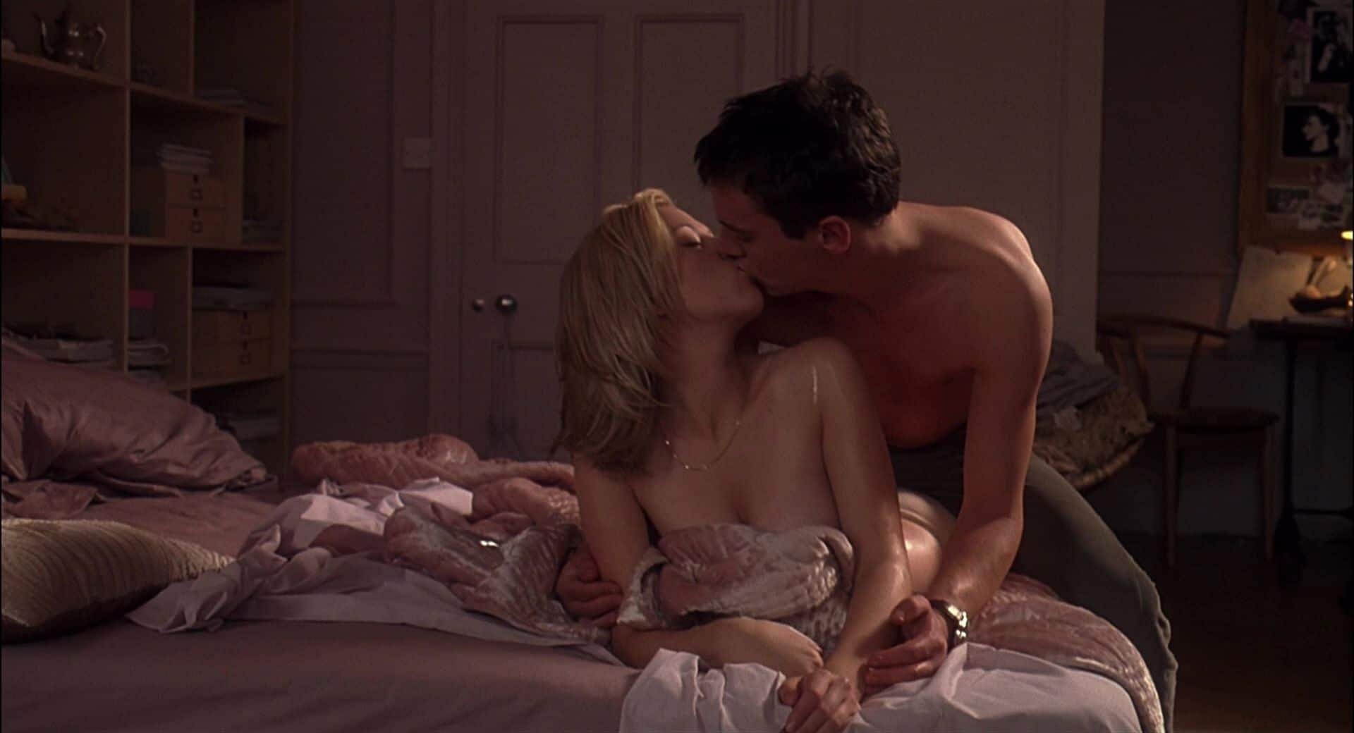 scarlett johansson nude pic