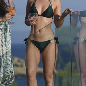 Metcalfe hot bod in a green bikini in Ibizia