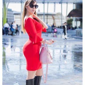 Paola Saulino red dress big booty