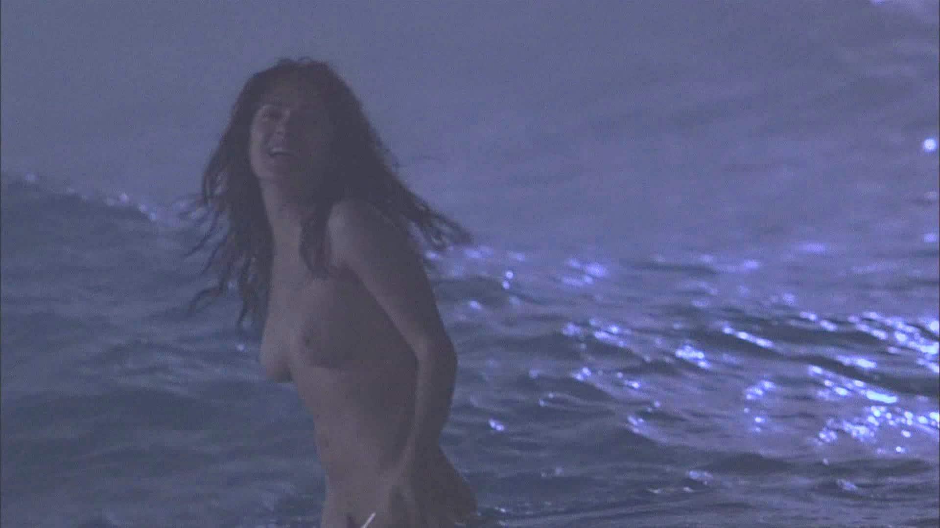 Young salma hayek topless porn pic