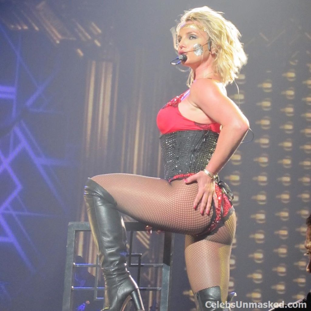 Britney Spears beautiful ass in concert