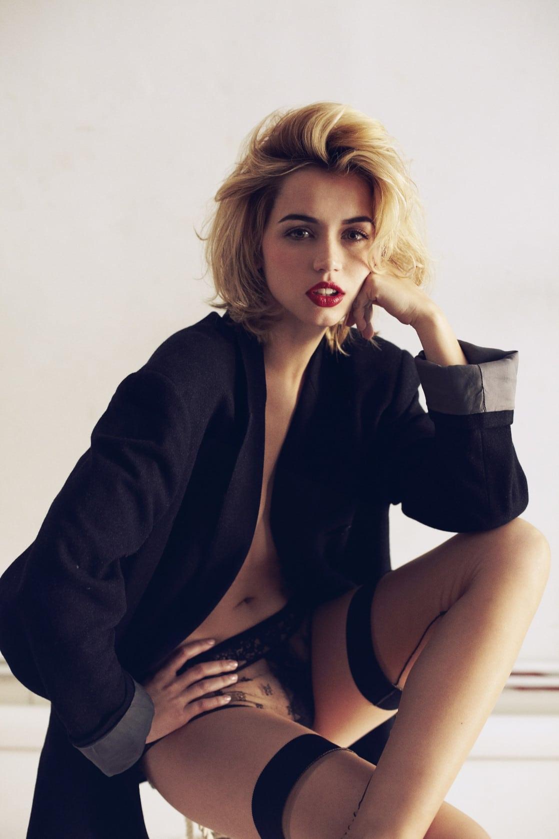 Ana de Armas hot pics undressed (1)