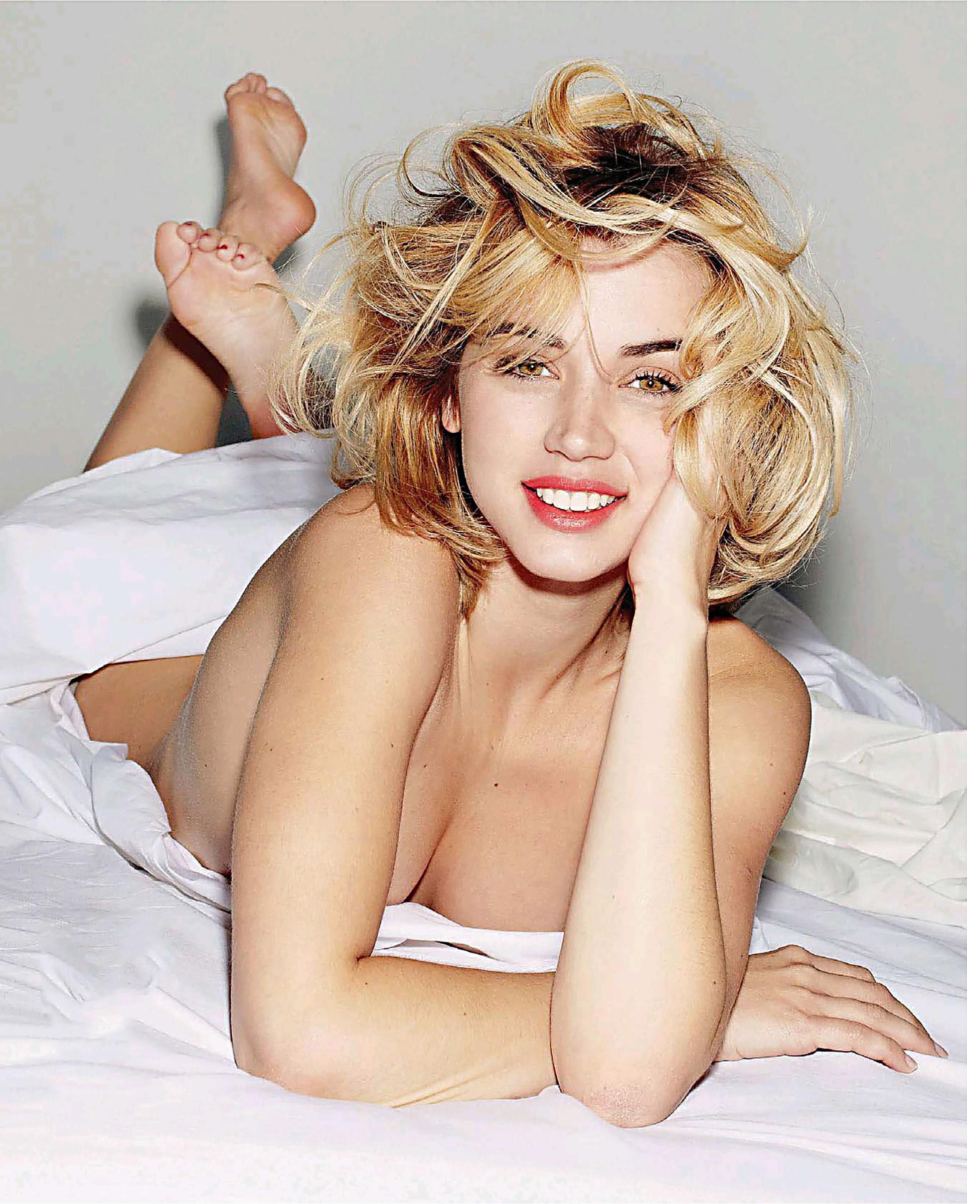 Ana de Armas hot pics undressed (6)