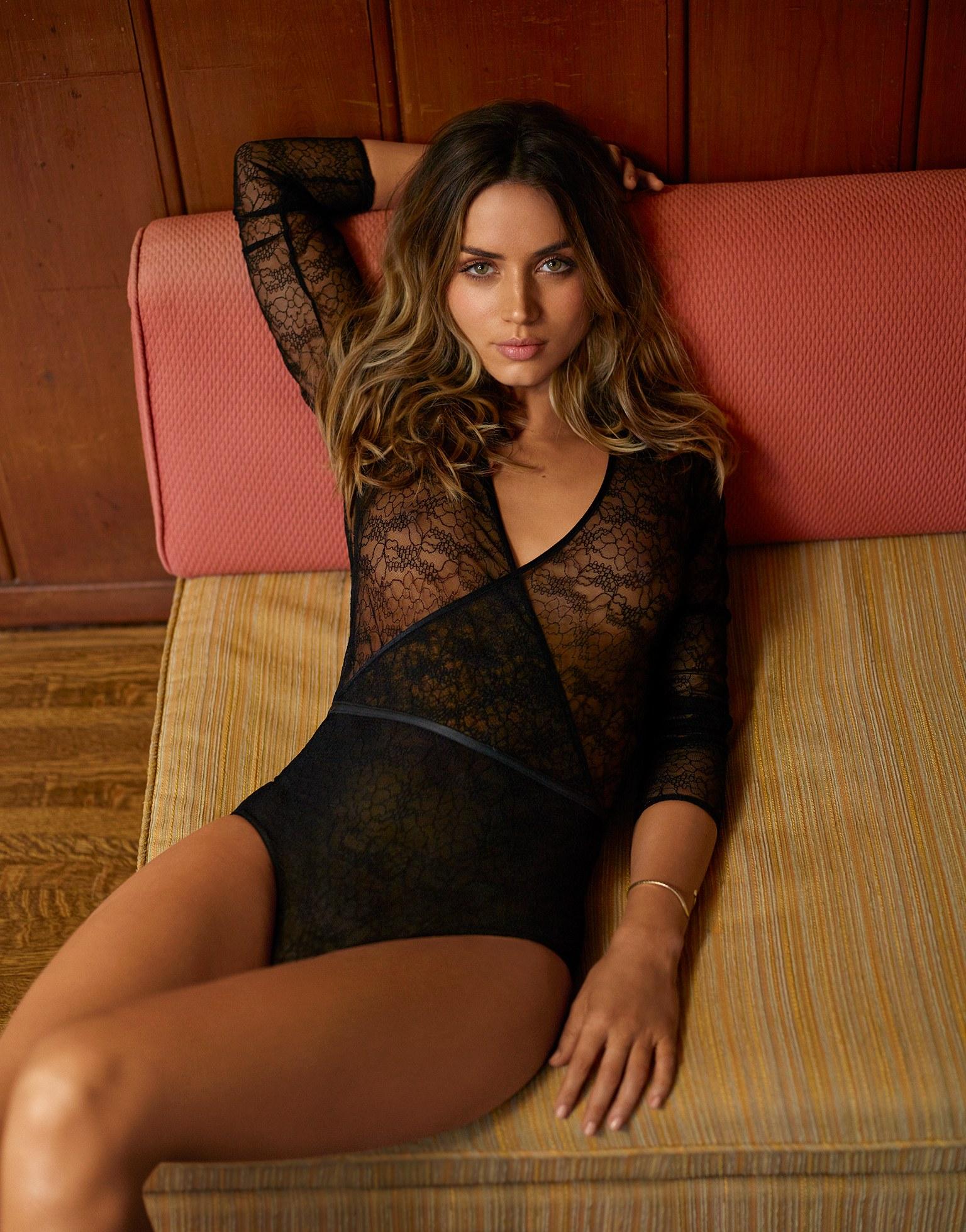 Ana de Armas sexy pics GQ magazine (1)