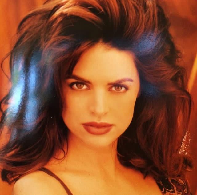 Lisa Rinna young full lips and long hair