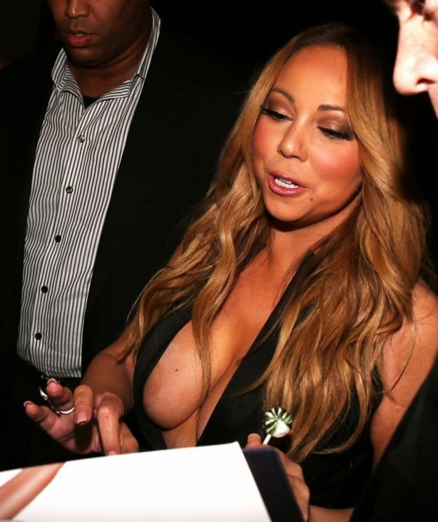 nipples exposed of mariah carey in cleavage dress