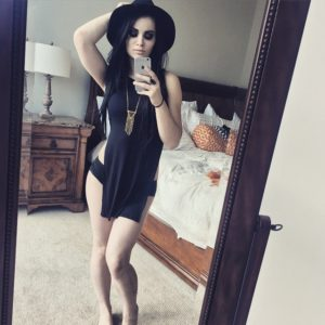 leaked photo of paige wwe in sexy mirror pic with hat on