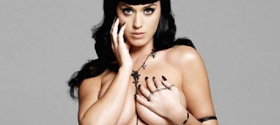 hot pic of katy perry topless and grabbing her tits