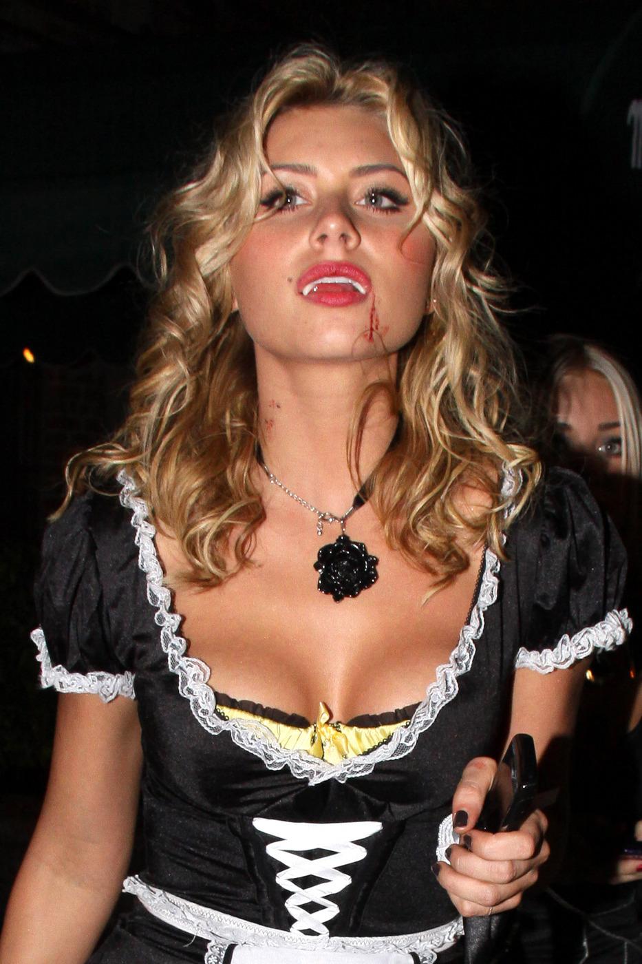AJ Michalka sexy leaks
