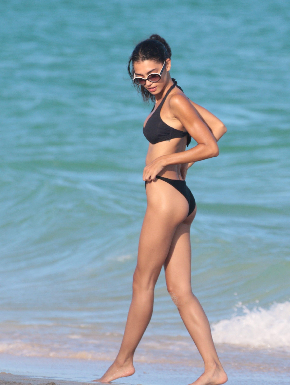 Danielle Herrington hot