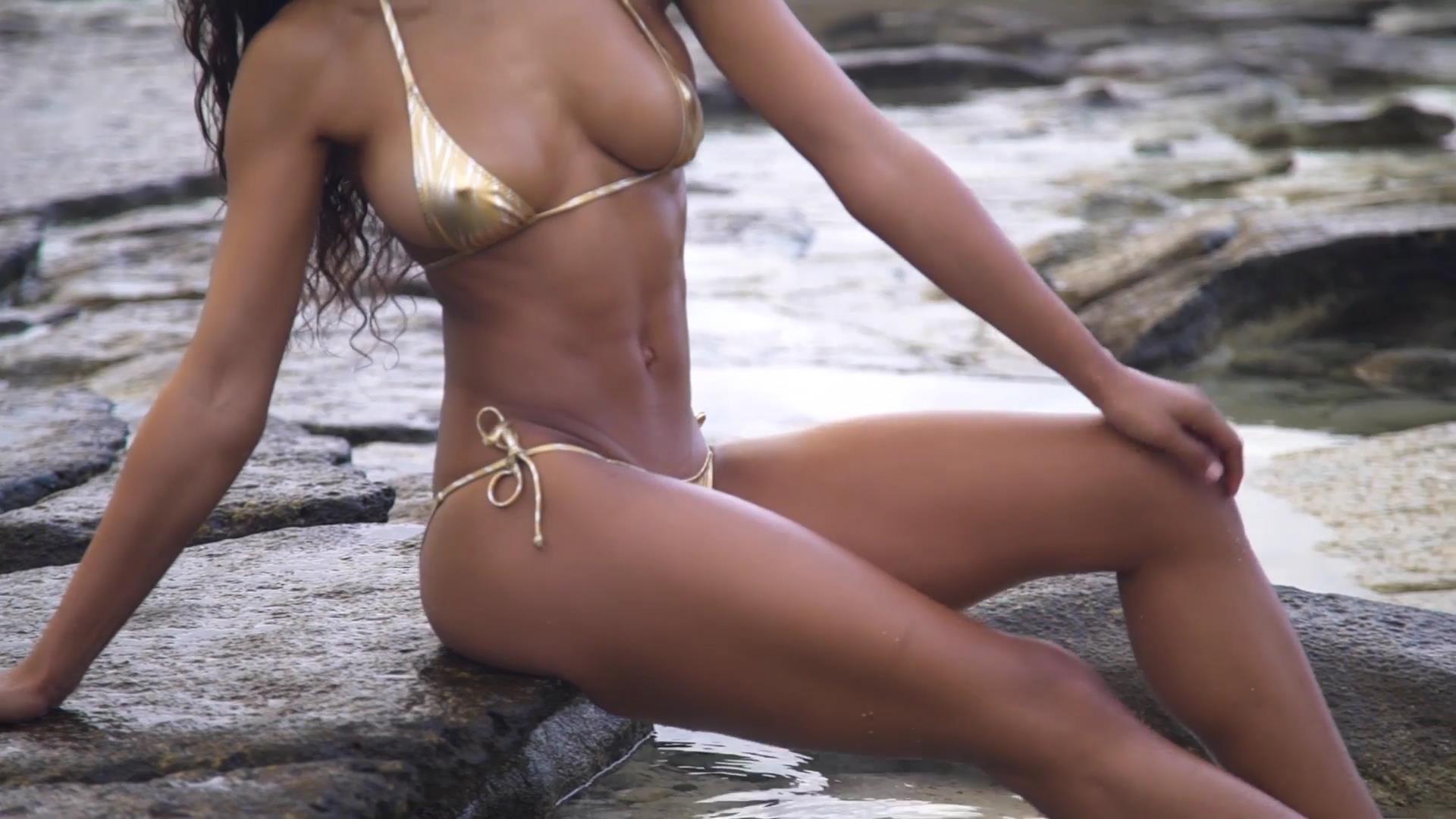 Danielle Herrington sexy leaks