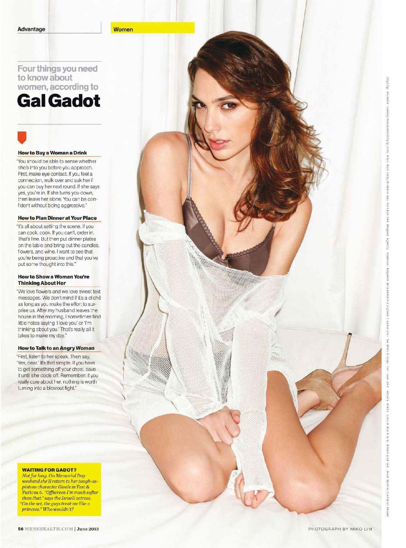 Gal Gadot naked