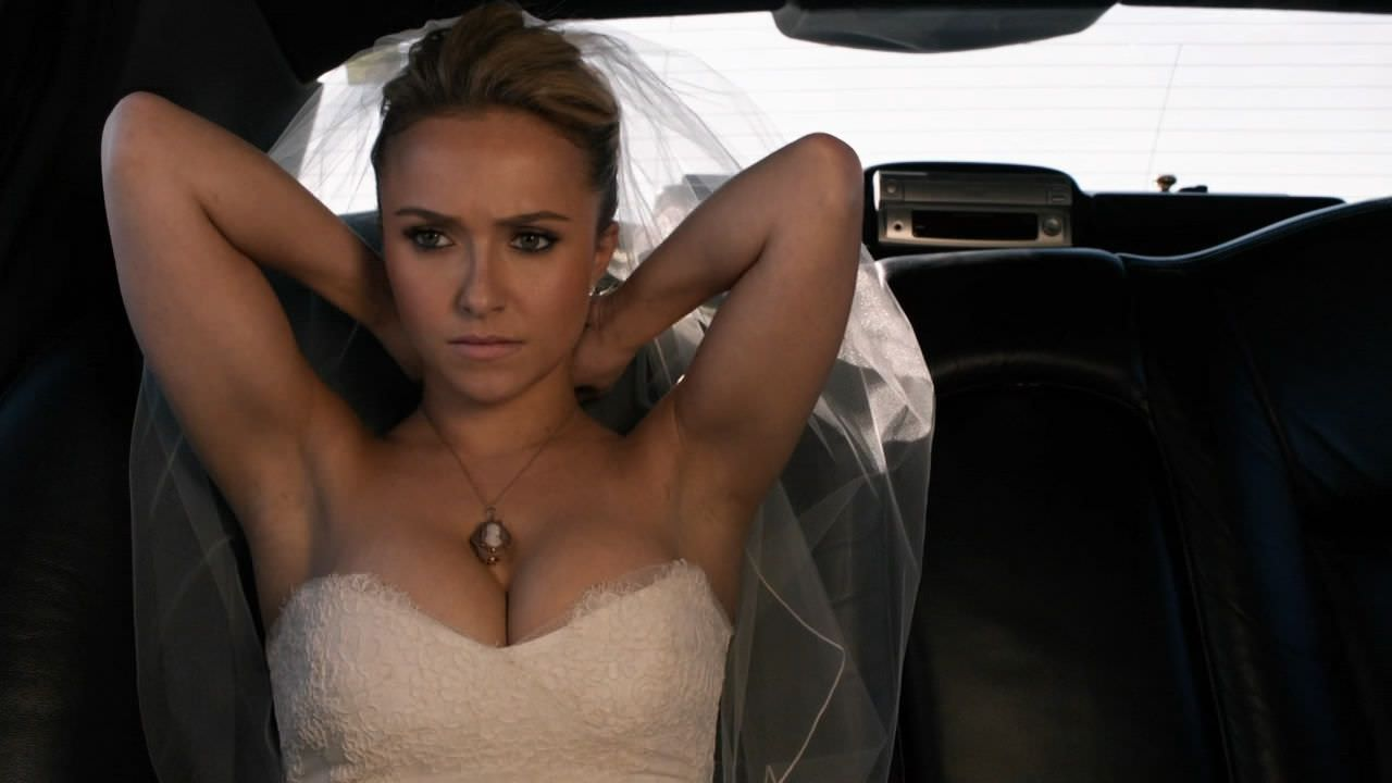 Hayden Panettiere hot boobs