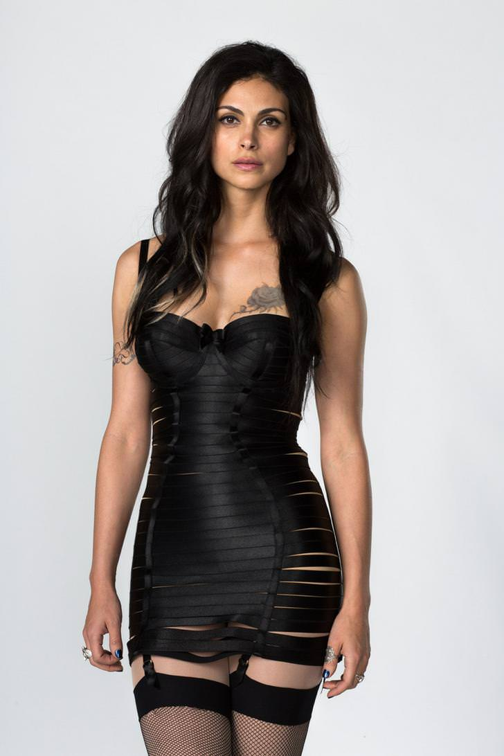Morena Baccarin nice tits