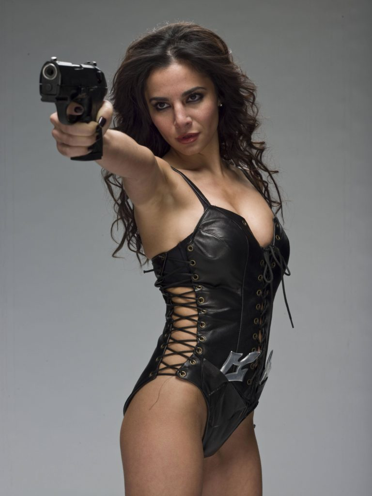Martha Higareda in Smokin Aces
