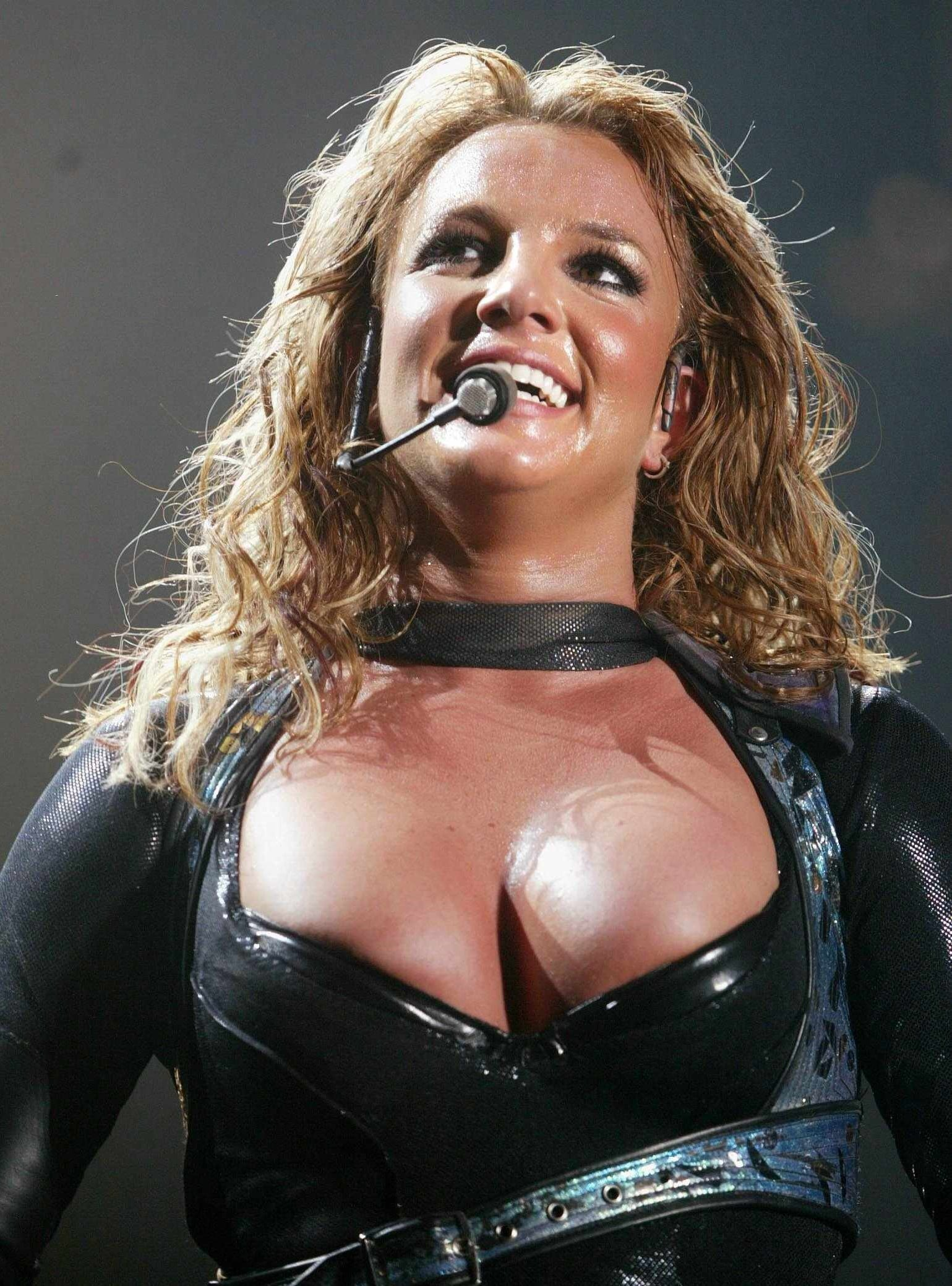Britney Spears Exposed naked nipples (1)