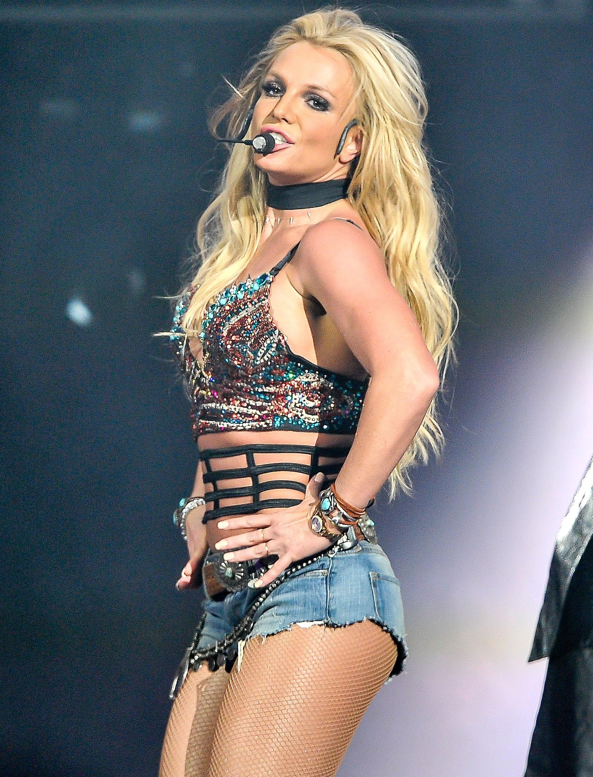 Britney spears hottest pics