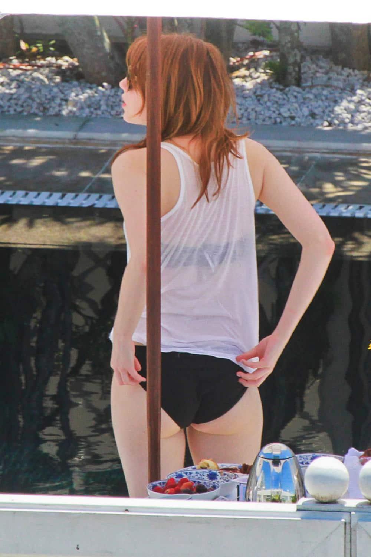 Emma Stone booty