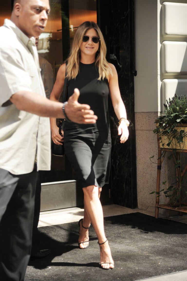 Jennifer Aniston hard nips in black dress