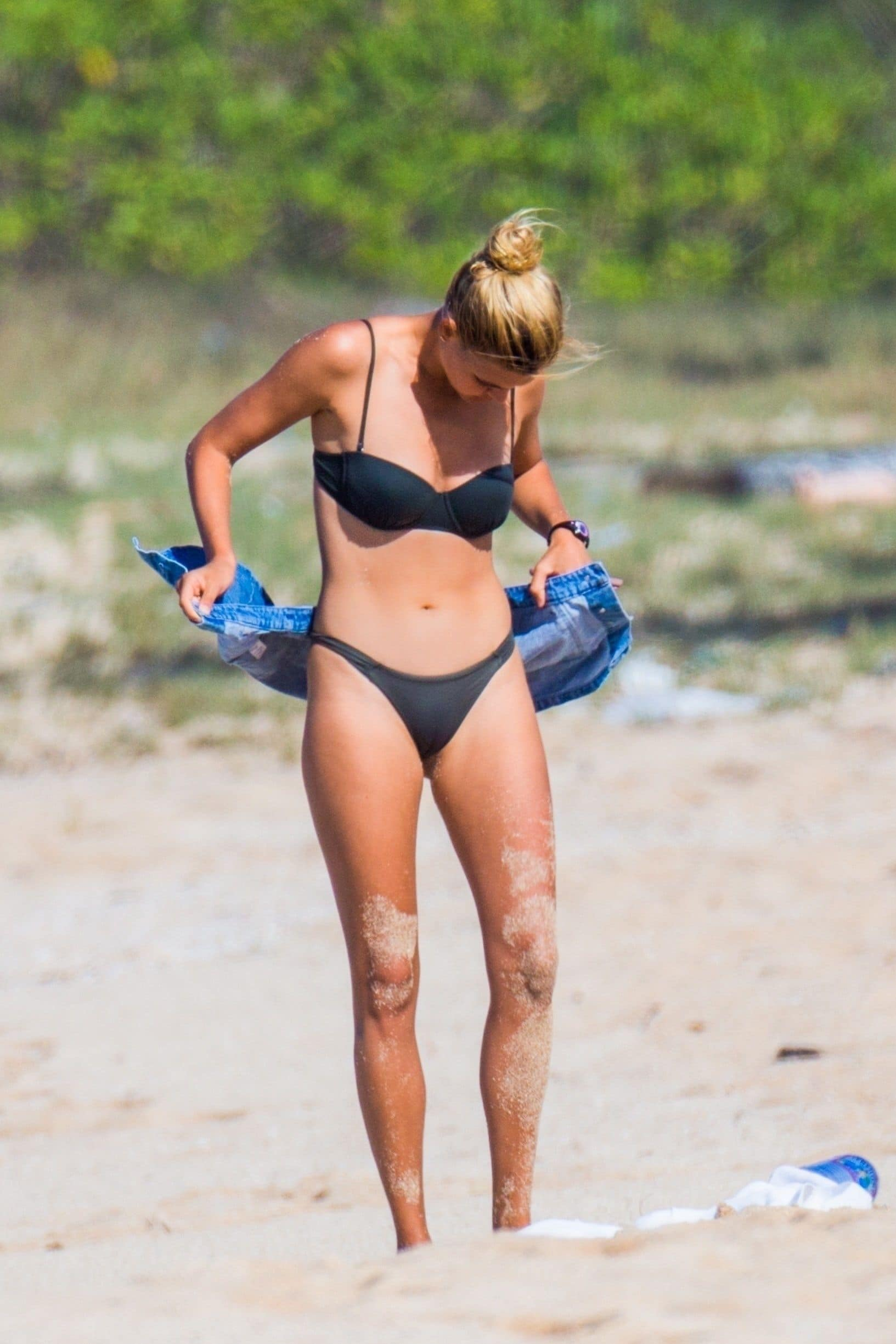 kelly rohrbach sexy bikini body