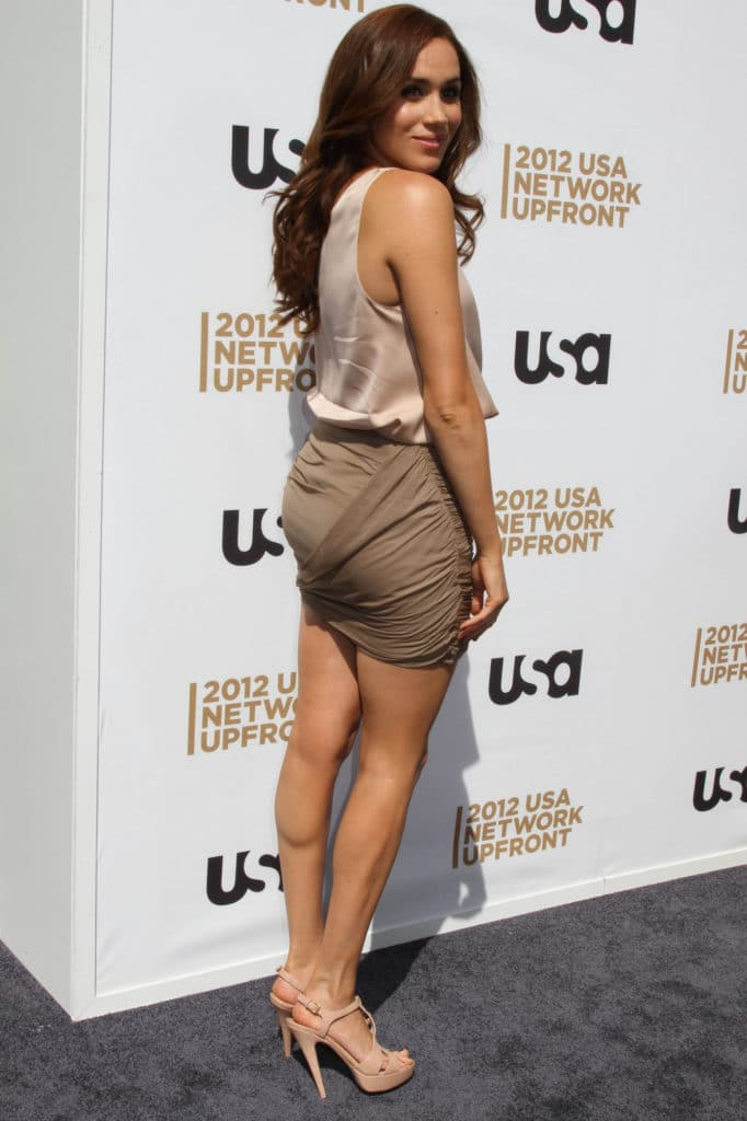 Meghan Markle hot body in skirt