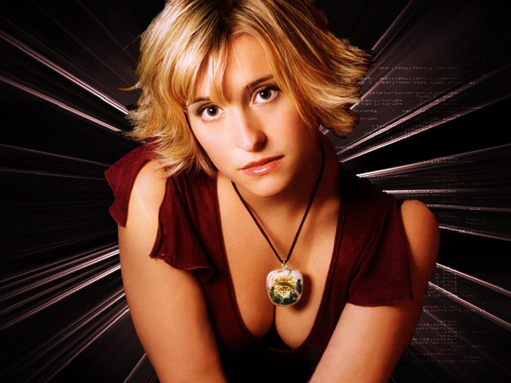 Allison Mack Sexy Photos (4)