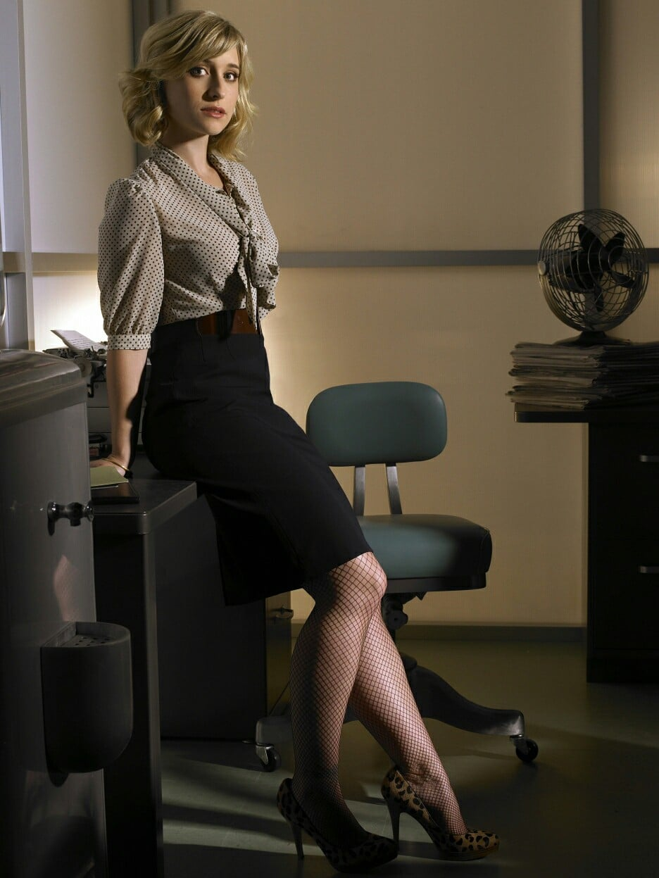 Allison Mack sexy secretary