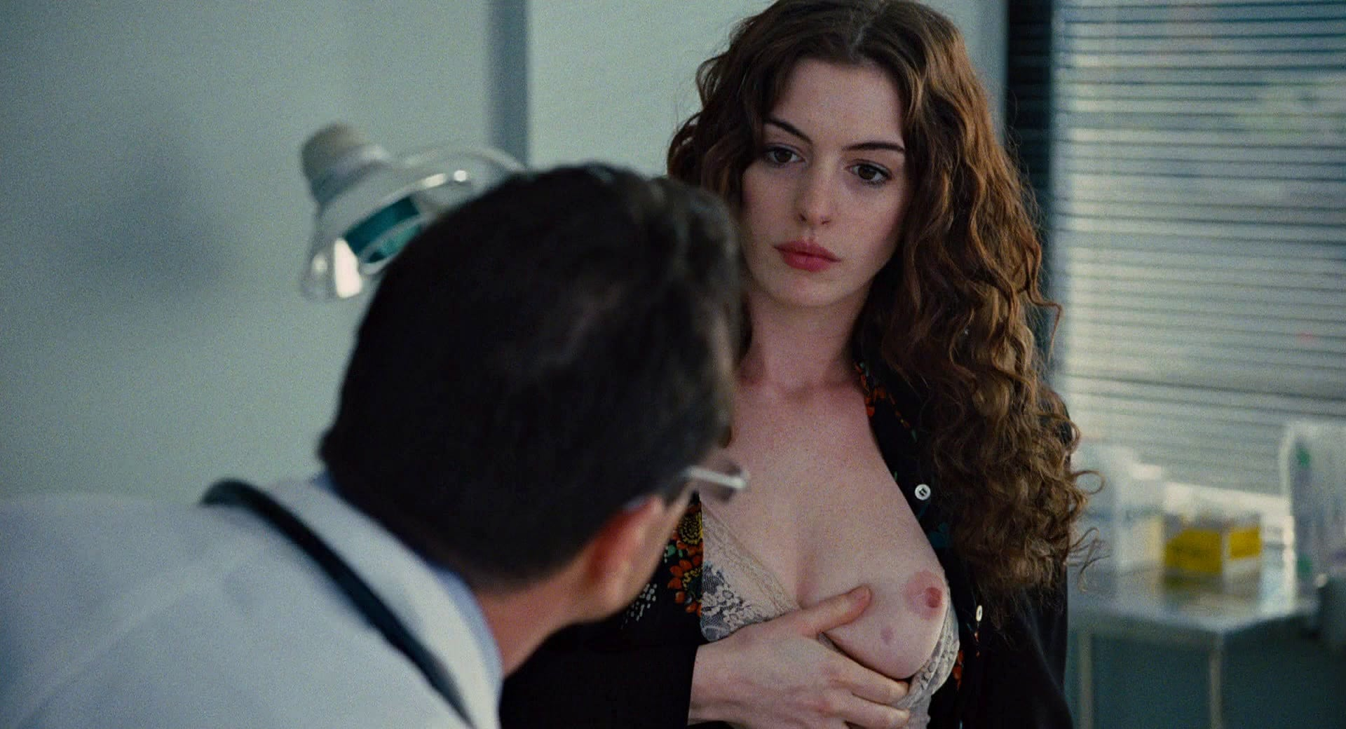 Anne Hathaway sex pic