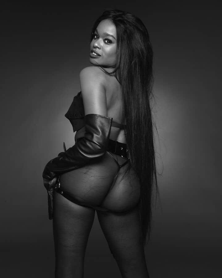 Azealia Banks nude boobs