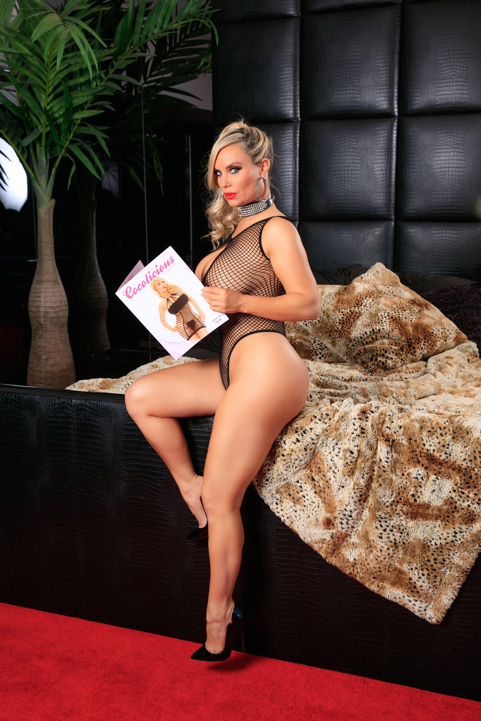 Coco Austin sexy nude