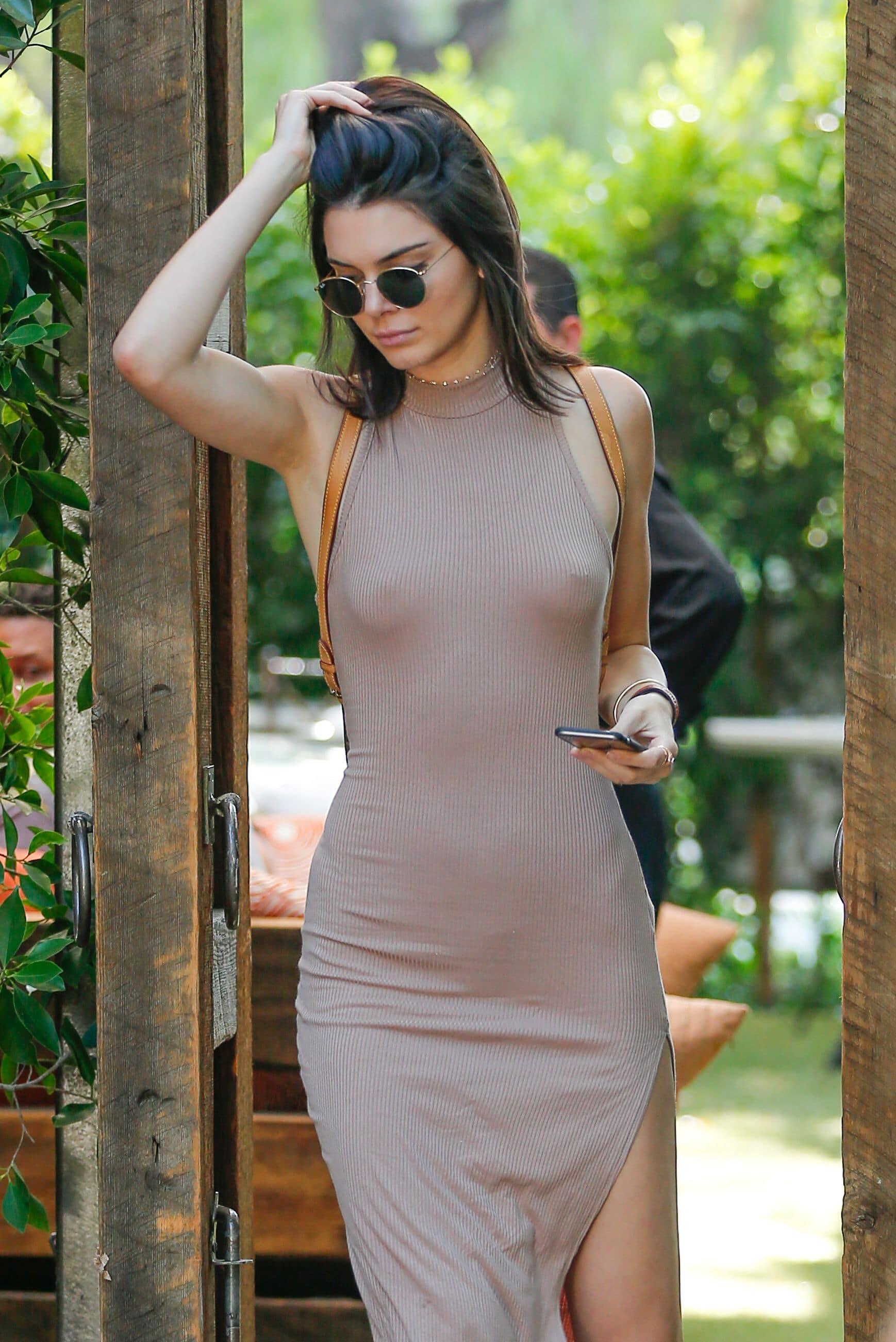 Kendall Jenner natural tits