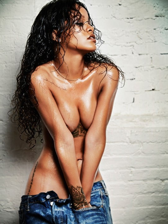 pics of rihana nude