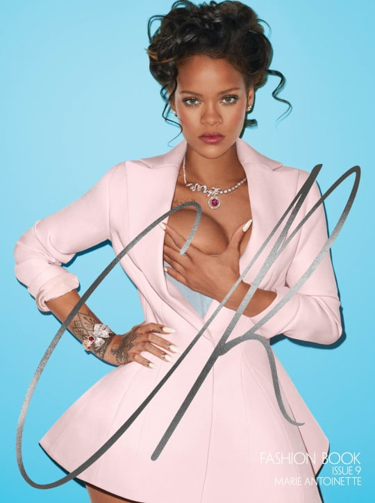 Rihanna xxx boob grab