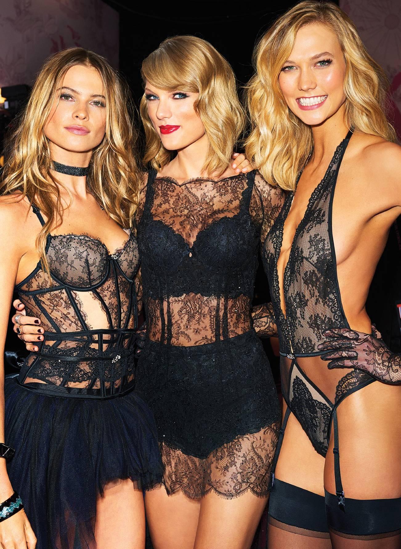 Taylor Swift big tits