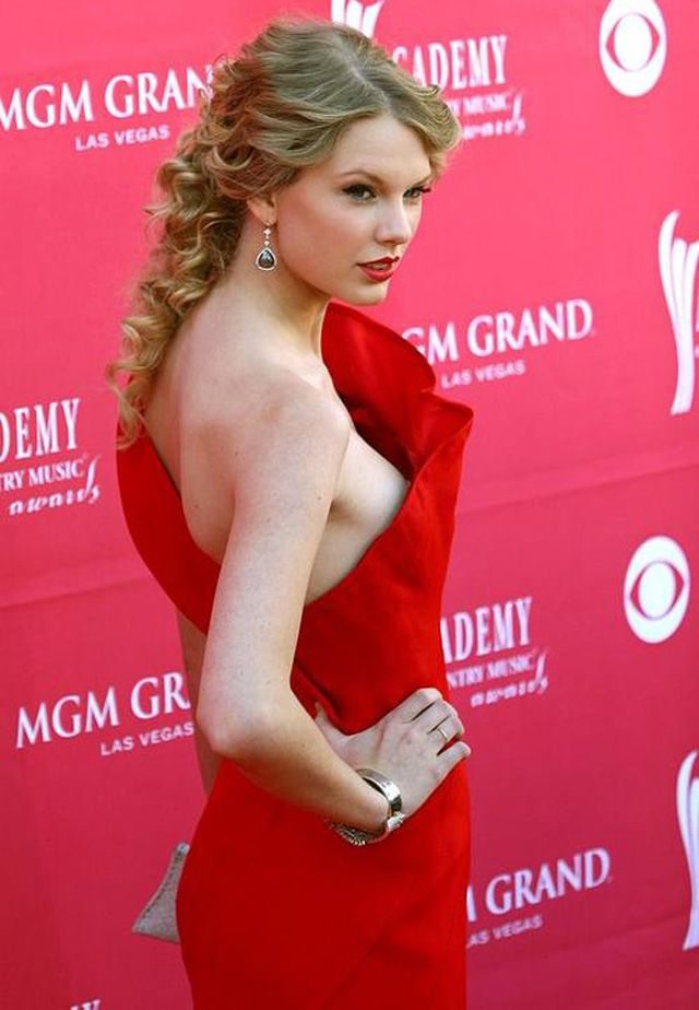 Taylor Swift leaked nude