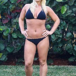Brooke Hogan braless