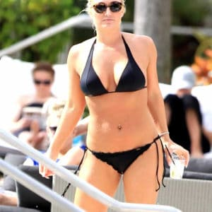 Brooke Hogan pussy in bikini